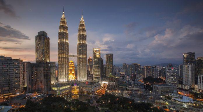 Exploring Singapore's Real Estate Market - 2017