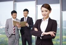 Considering an MBA? Specific Tips For Female MBA Applicants!