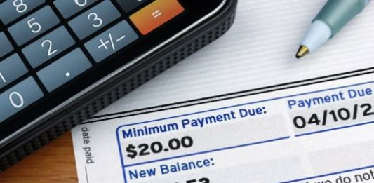 Why You Should Avoid the Monthly Minimum Credit Card Payment Trap